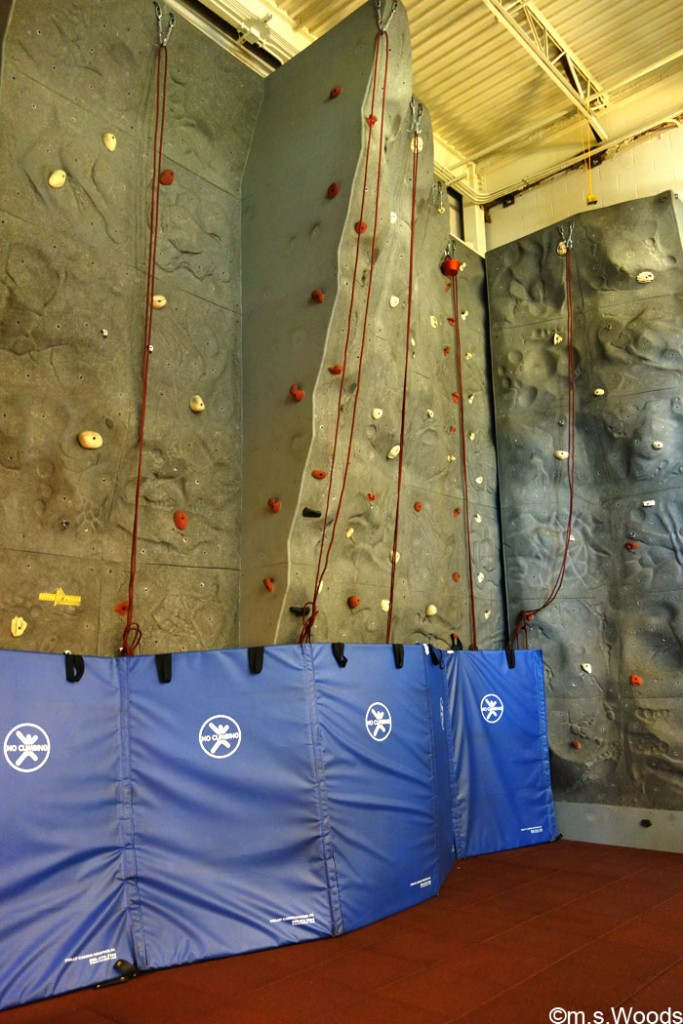 hendricks-county-ymca-rock-climbing-wall