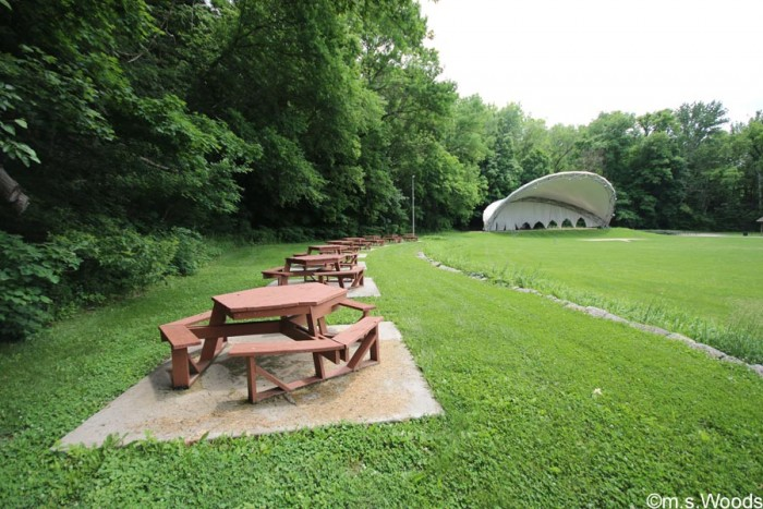 picnic-tables-and-amphitheater-ellis-park-danville-indiana