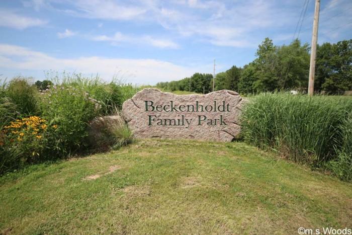 beckenhold-park-stone