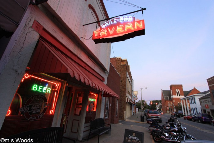 grill-bar-tavern-franklin-indiana