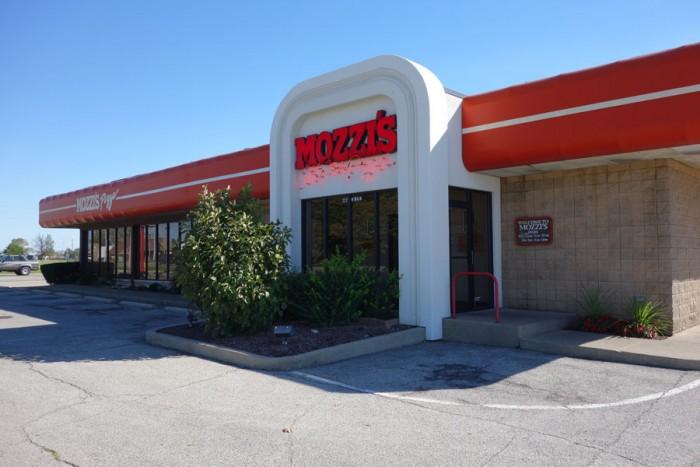 mozzis-pizza-greenfield-indiana