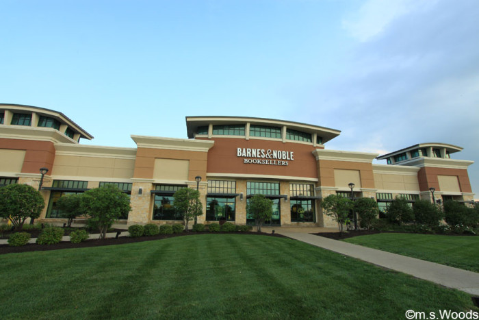 greenwood-park-mall-barnes-and-noble