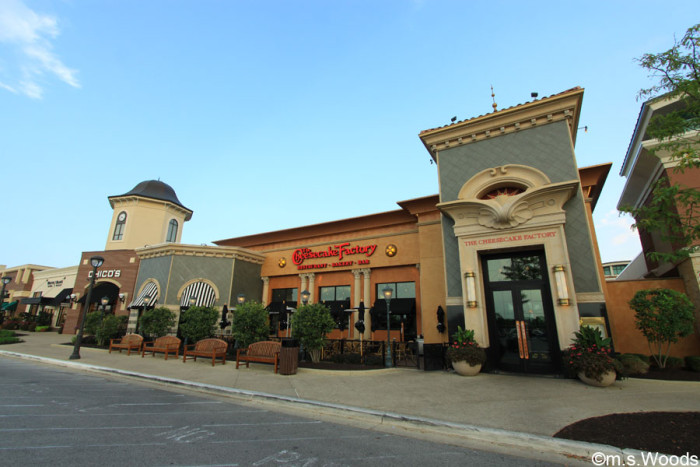 greenwood-park-mall-cheesecake-factory