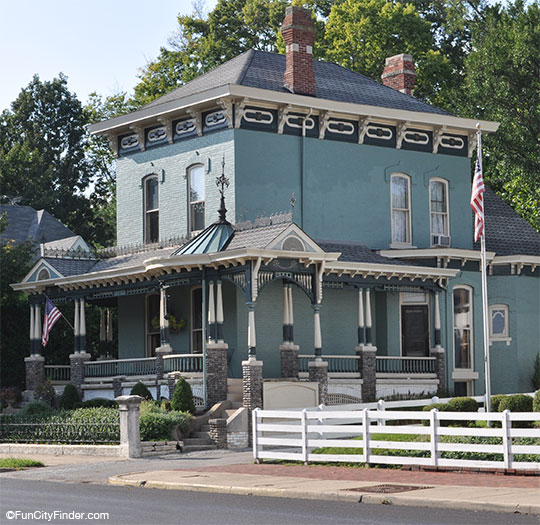 Victorian House In Downtown Greenfield Indiana