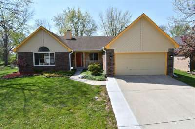 12443 S Doe Lane, Indianapolis, IN 46236