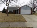 208 Fountain Lake Dr, Shelbyville, IN 46176