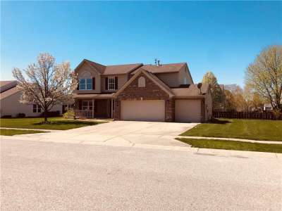 1662 N Sagemeadow Drive, Brownsburg, IN 46112