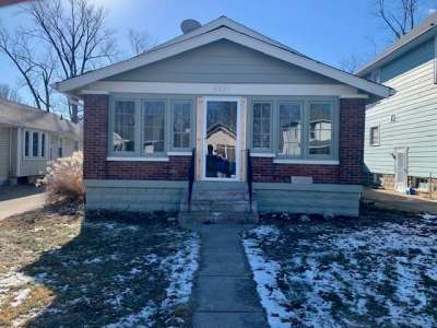6037 N Dewey Avenue, Indianapolis, IN 46219