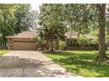 8713 Gillingham Ln, Fishers, IN 46038
