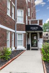 230 East 9th Street, Indianapolis, IN 46204
