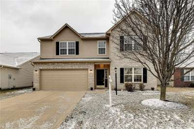 12422 W Cool Winds Way, Fishers, IN 46037