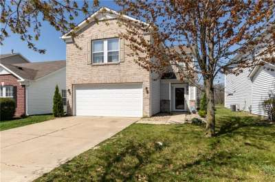 10234 W Golden Drive, Noblesville, IN 46060