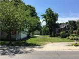 975 West Oak Street, Zionsville, IN 46077