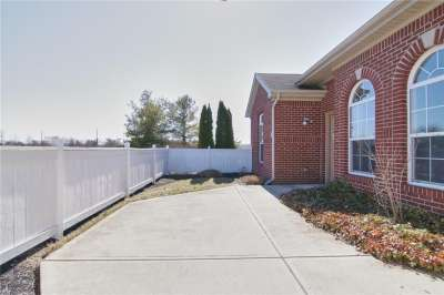 10336 N Gateway Drive, Indianapolis, IN 46234