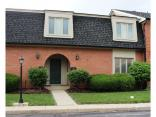 8522 Canterbury Sq W, Indianapolis, IN 46260