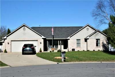 42 W Jeans Court, Whiteland, IN 46184