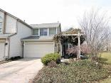 8076 River Bay Dr E, Indianapolis, IN 46240