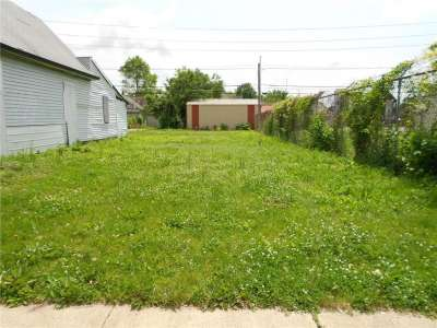 1405 N Deloss Street, Indianapolis, IN 46201