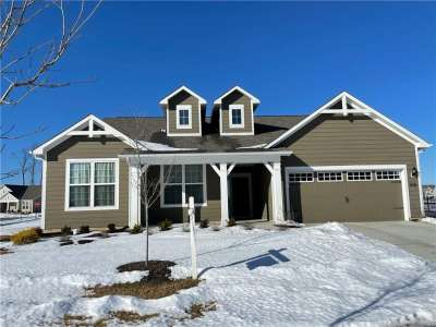 15373 W Eastpark Circle, Fishers, IN 46037