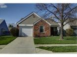 9818 Pine Ridge North Dr, Fishers, IN 46038