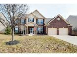 13715 Meadow Lake Dr, Fishers, IN 46038