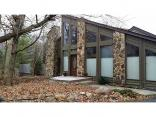 785 Pineview Dr, Zionsville, IN 46077