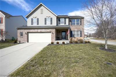 11812 E Gatwick View Drive, Fishers, IN 46037