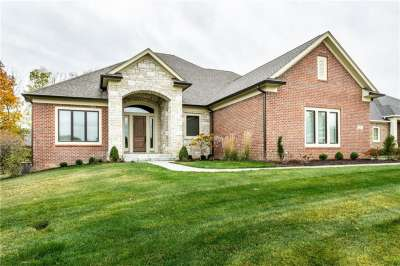 2695 N Silver Oaks, Carmel, IN 46032