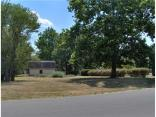 661 Brent Woods Dr, SHELBYVILLE, IN 46176