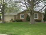 800 Padre Ln, Greenwood, IN 46143