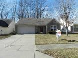 720 Pioneer Woods Dr, Indianapolis, IN 46224