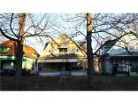 2815 Boulevard Pl, Indianapolis, IN 46208
