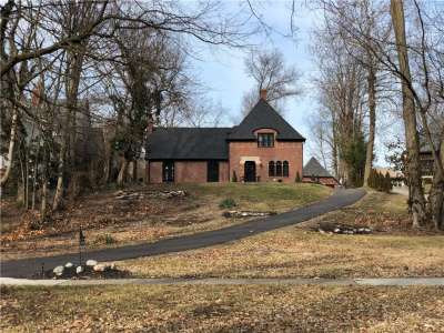 3666 E Watson Road, Indianapolis, IN 46205
