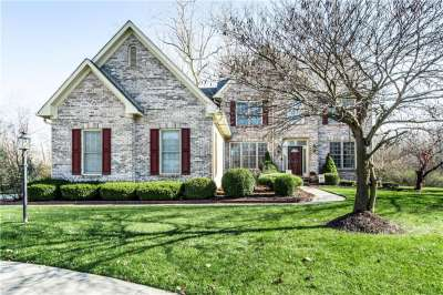 6674 E Cherbourg Circle, Indianapolis, IN 46220