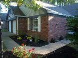 9730 River Oak Ln, Fishers, IN 46038