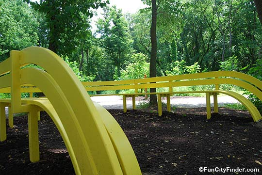 Close up of the yellow bench