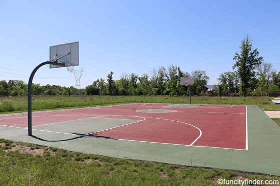 basketball-court-at-mulberry-fields-zionsville