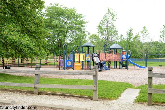 carey-grove-park-play-area-2