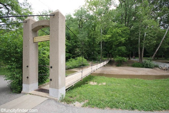foot-bridge-side-angle-at-ellis-park-danville