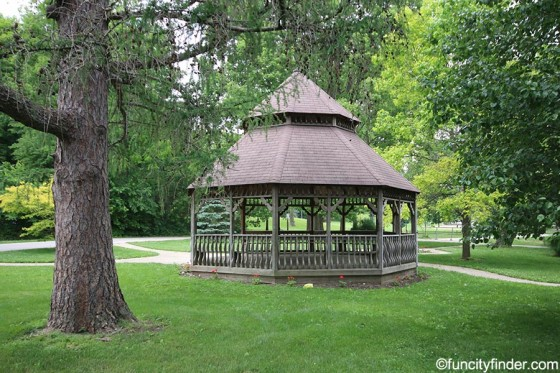 gazebo-at-ellis-park-danville