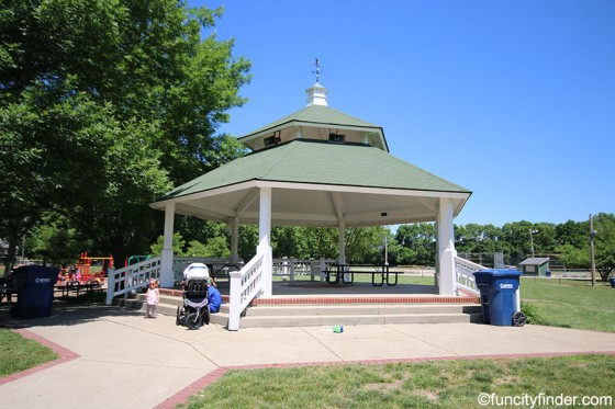 gazebo-at-lions-park-zionsville