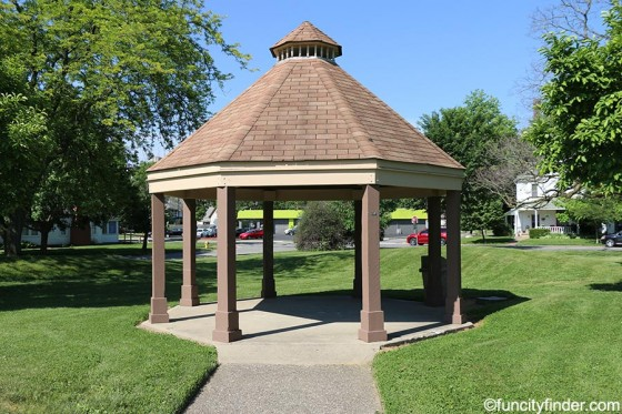 gazebo-at-seminary-park-noblesville