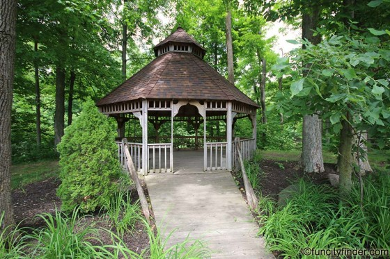 gazebo-in-washington-township-park-avon