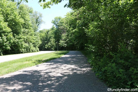 paved-trail-at-fishers-heritage-park-at-white-river
