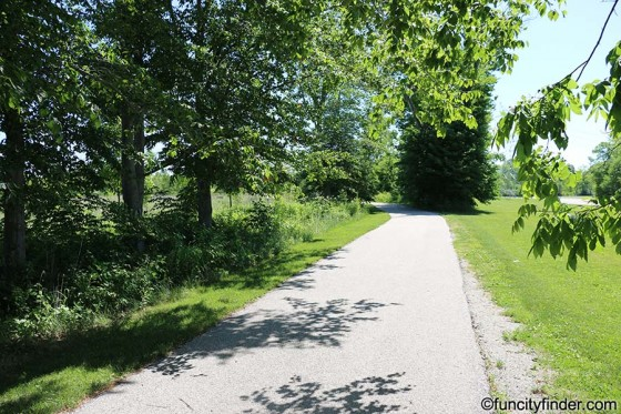 paved-trail-at-mulberry-fields-zionsville