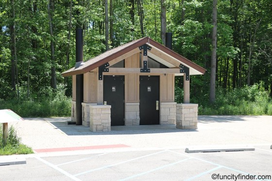 restrooms-central-park-in-carmel