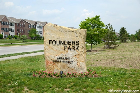 sclupted-stone-sign-at-founders-park