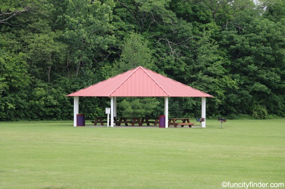 shelter-area-2-williams-park-brownsburg