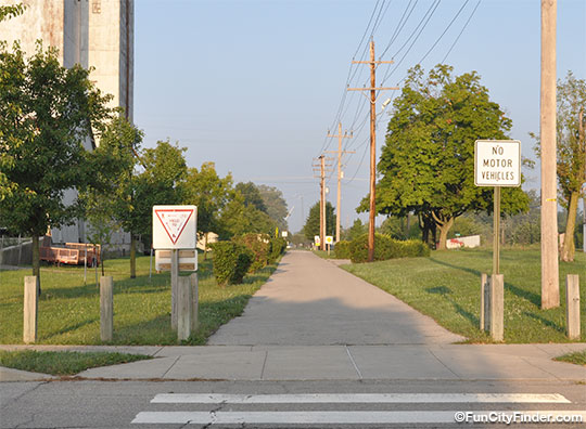 Picture of the Pensy Trail at Pennyslvania Street in Greenfield, Indiana