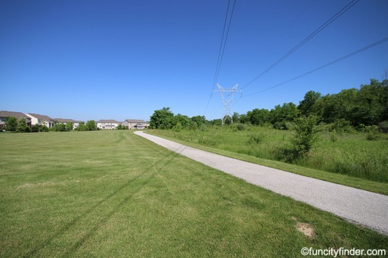 walkway-leads-to-subdivision-carter-station-zionsville